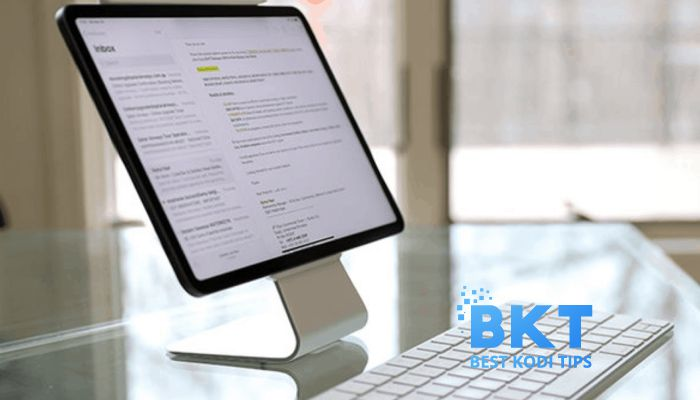 Factors to Consider When Buying an iPad Stand
